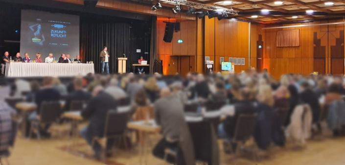 Das Plenum beim Auftakt der Zukunft-Rotlicht 2019 in Frankfurt am Main